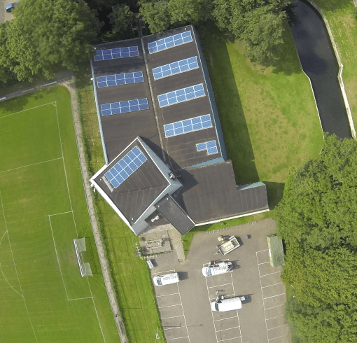 zonnepanelen dak SVE accommodatie